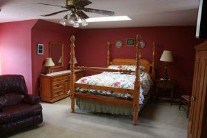 Hummingbird Room
